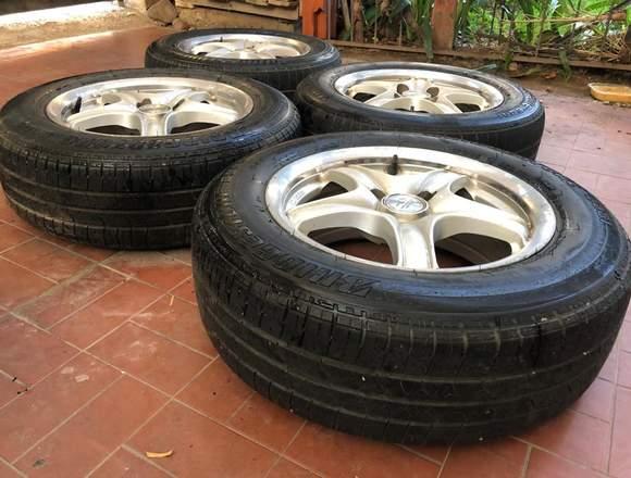 4 ruedas bridgestone con aro de 14 pulgadas