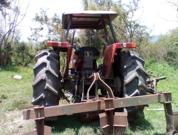 Maquina agrícola Tractor Fiat 8066