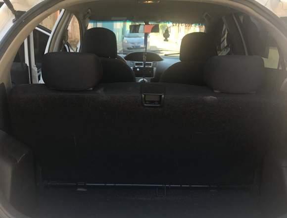 Vendo Toyota vitz en buenas condiciones