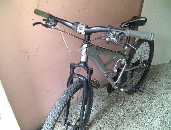 Bicicleta Montañera Mongoose Rin 29
