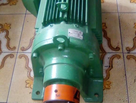 Motor trifásico 1700 rev 7.5 hp