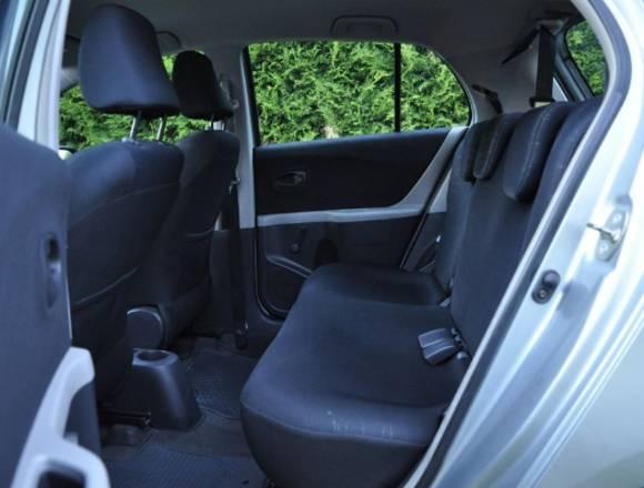 Vendo Toyota Yaris km 96000