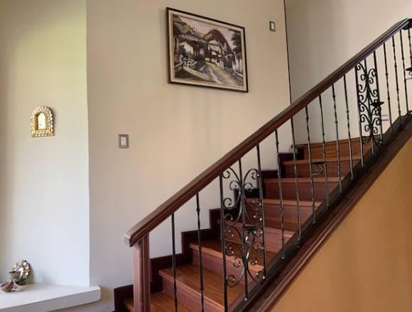 Renta Casa en zona 15 en Exclusivo Condominio