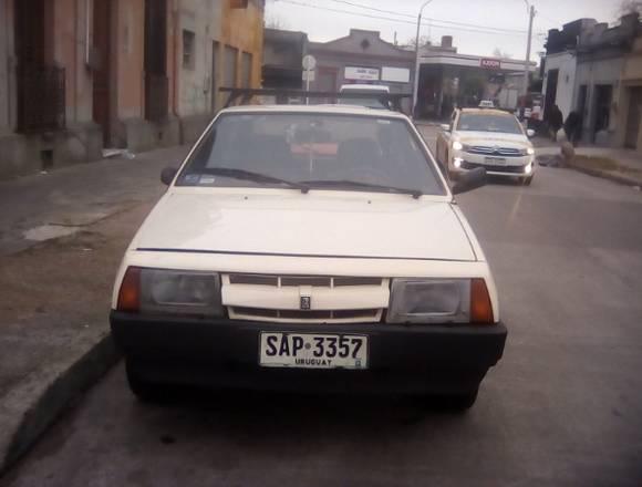 Lada Samara berlina 2 puertas del 1994