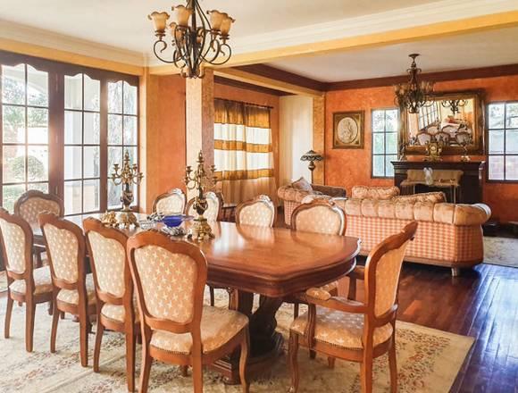 Lujosa casa amoblada en venta