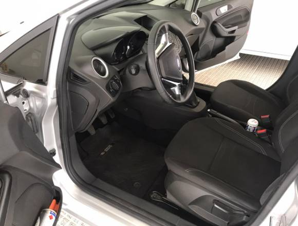 Ford Fiesta Kinetic Design 1.6 SE – 1° mano