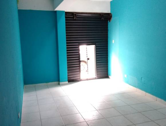 SE ALQUILA LOCAL ZONA COMERCIAL A SOLO S/.800 SMP