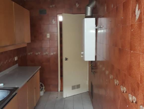 """""""Cond. La Portada"""" 1 piso, 3 dorm. 3 baños, estac"""