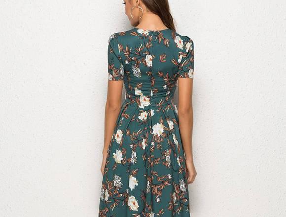 Vestido floral verde de manga corta para mujer