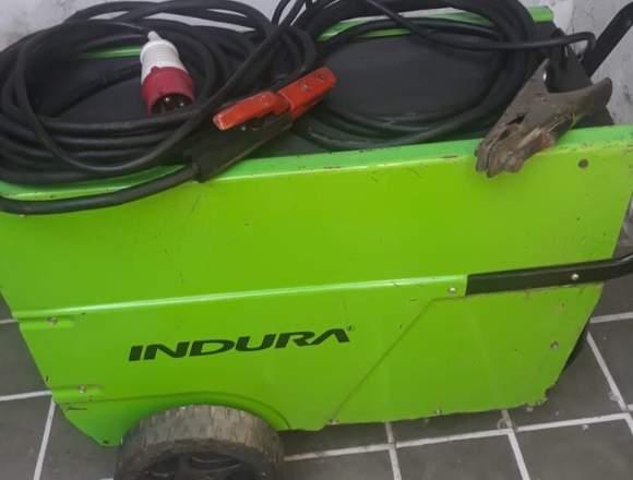 Máquina soldadora Indura 250 s