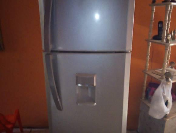 Venta de Refrigerador MABE Automático 11 pies³