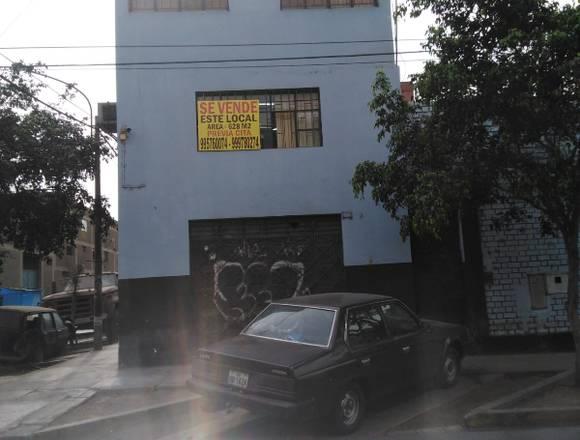 VENDO LOCAL INDUSTRIAL A ESPALDAS DE MEGA PLAZA