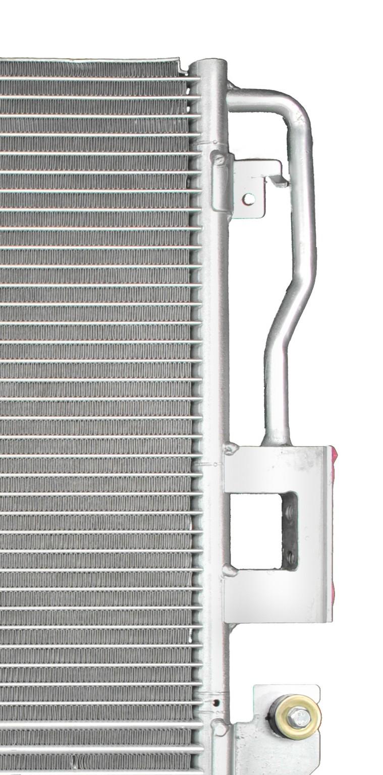 Denso 477-0744 A//C Condenser