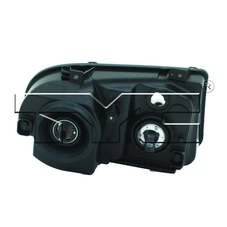 BMW 3 SERIES SEDAN PartsChannel KEYBM2801119 OE Replacement Tail Light 1999+