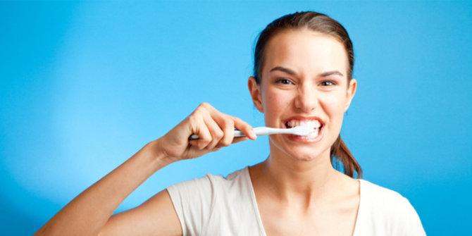 menyikat-gigi