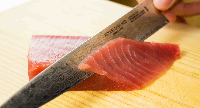 cara-motong-sashimi