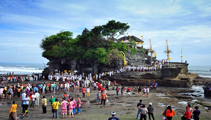 tanah-lot-temple-tour