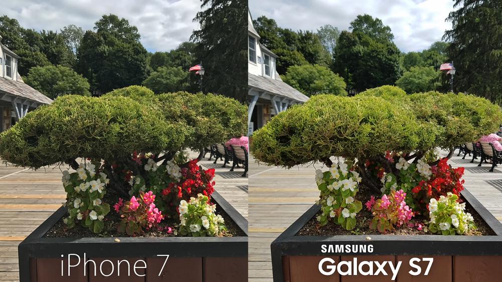 Comparison_i_Phone_7_vs_Samsung_Galaxy_S7_Outdoor