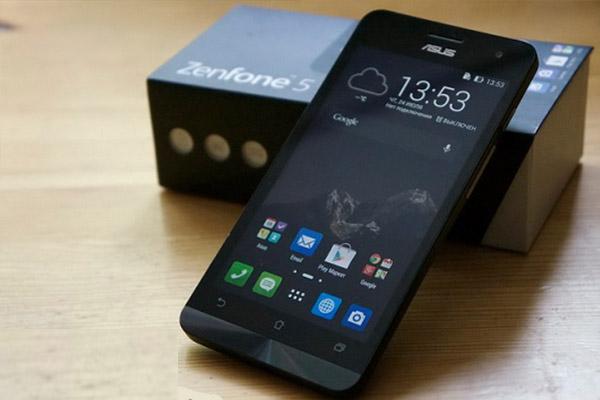 Perbandingan Dari Segi Harga Asus Zenfone 5 VS Samsung Galaxy J5