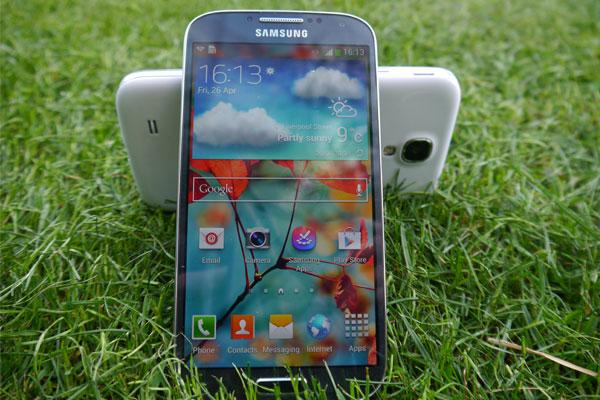 Samsung-Galaxy-S4-Colours-3-1