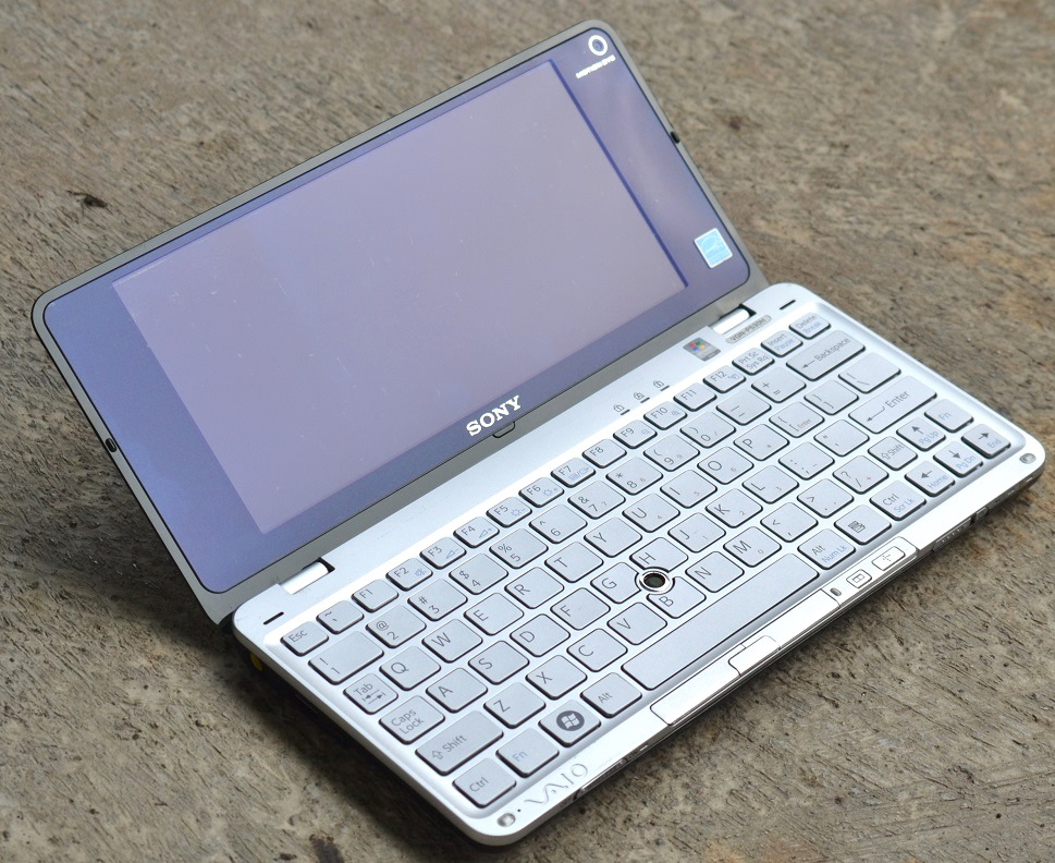 jual laptop sony vio p series p530h