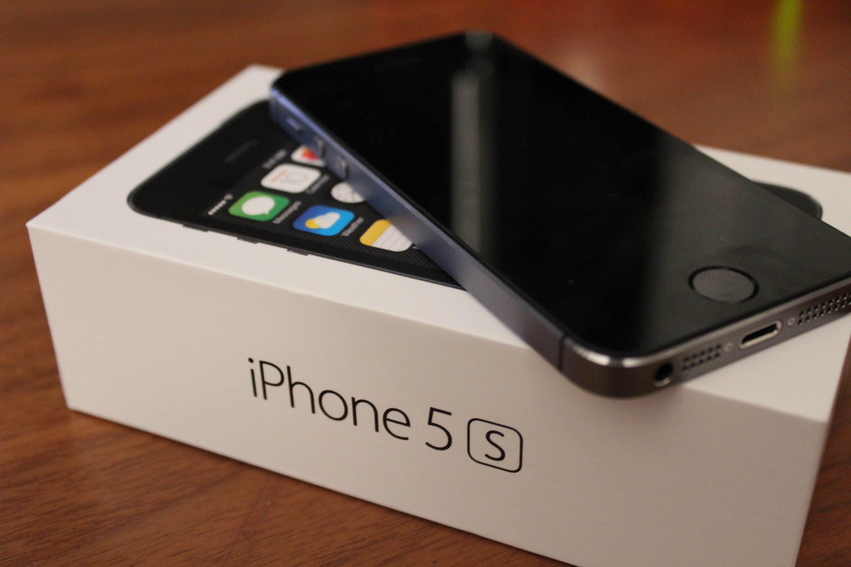 Perbandingan Bagus Mana HP Oppo Neo 7 VS Apple iPhone 5s segi Harga Kamera dan Spesifikasi di Indonesia
