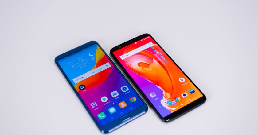 Honor-View-10-vs-OnePlus-5T-1