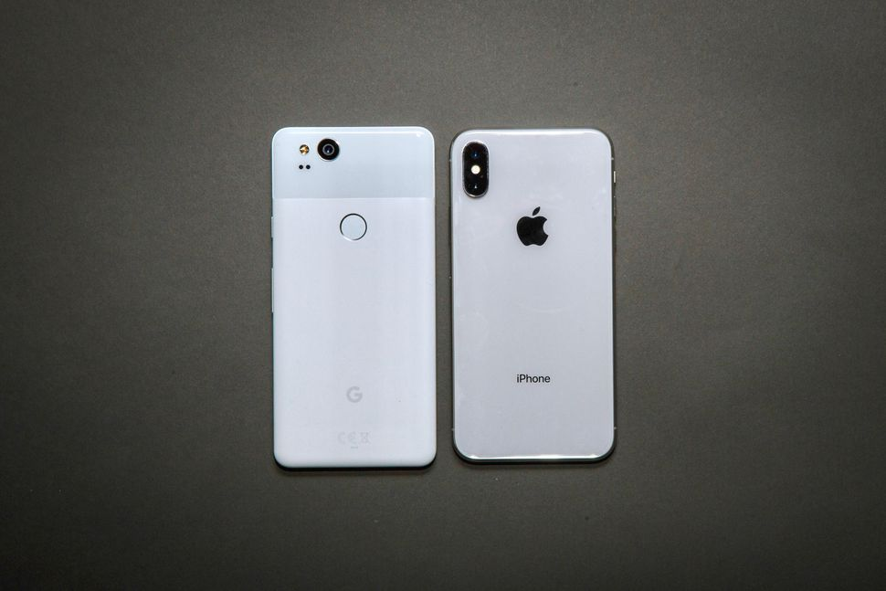 google-pixel-vs-iphone-x