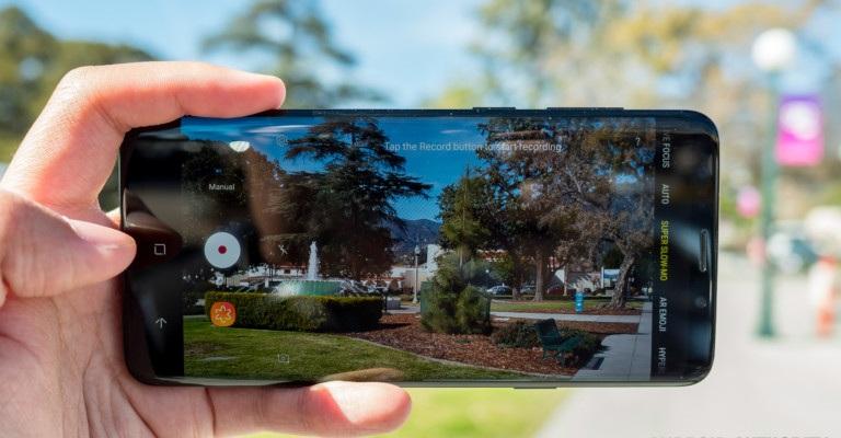 kamera-smartphone-android-terbaik-april-2018