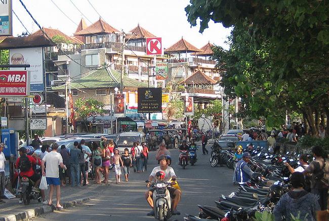 Kuta-Street