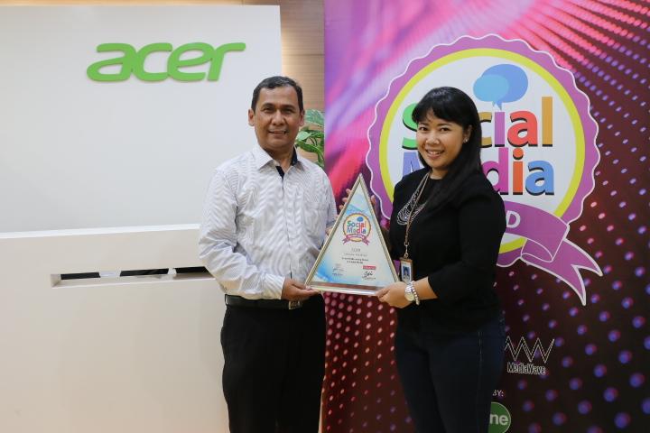 Anang Ghozali & Anandita Puspitasari Acer Indonesia - Social Media Award...