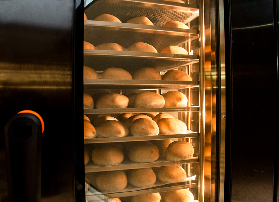 Bake to perfection in the new S-Series - flexible, even, fast and energy efficient baking