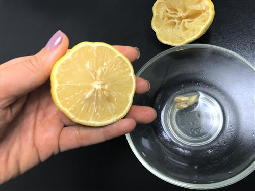 Lemon for lip and face scrubs