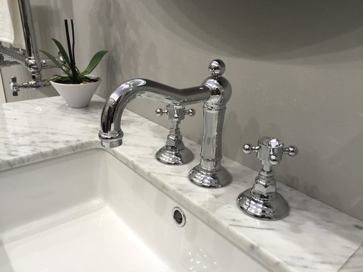 Quality retro faucet in different finishes