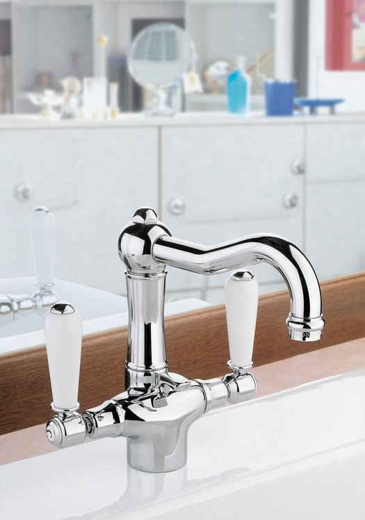Example of cottage bathroom faucet