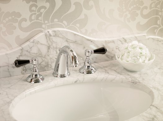 Classical 3 hole faucet for the country style bathroom, lever in black crystal