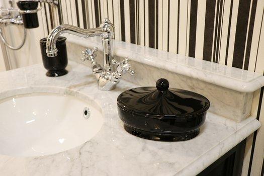 Stylish retro bowl for the bathroom