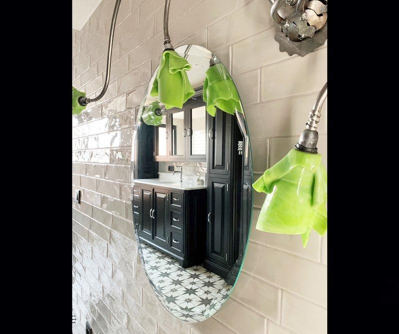 Voorbeeld van een retro badkamer