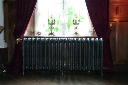 Classic radiator in cast iron, made to measure, to be assembled per element