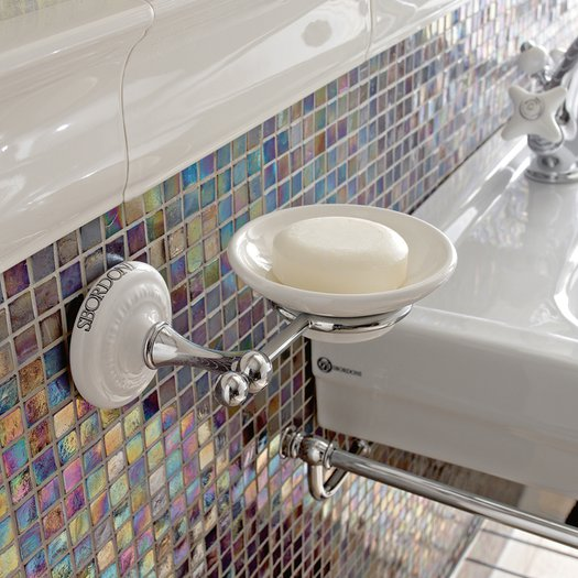 Classic soap dish Calla for the nostalgic bathroom