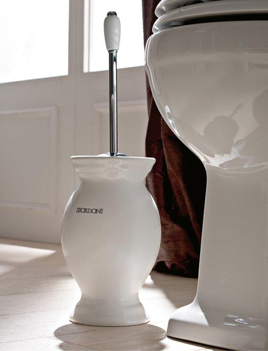 Vrijstaande borstelhouder voor de klassieke toilet Calla