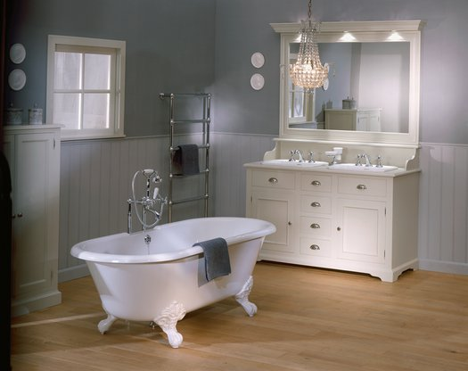 Cottage bathroom furniture Carlton with 2 washbasins