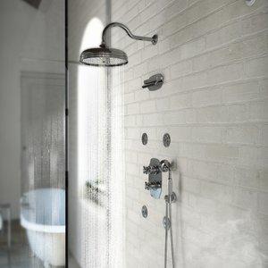 Colonial retro built-in shower arrangements 02