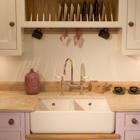 Contemporary kitchen sinks with a retro twist