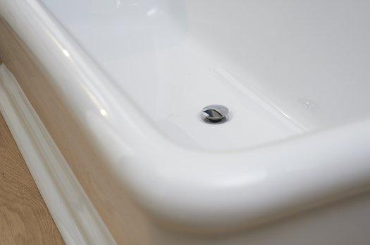 Détail de la baignoire Kingston 02