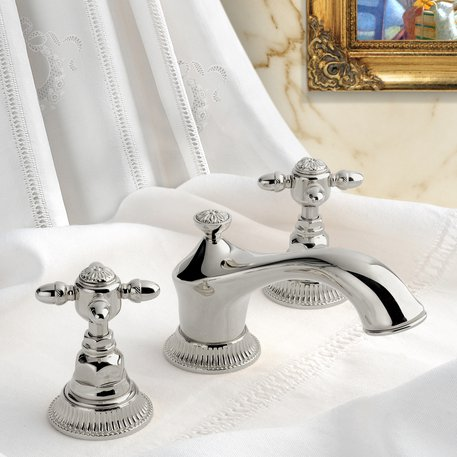 Impero collection for the stylish bathroom