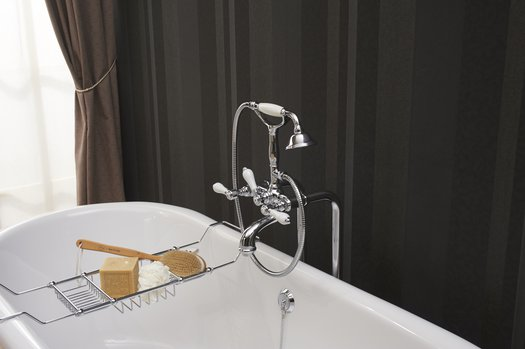 Classic bathtub bridge