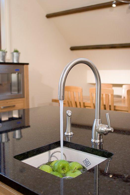 Belthorn trendy kitchen sink