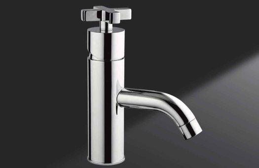 Robinet de lavabo design M. Croce