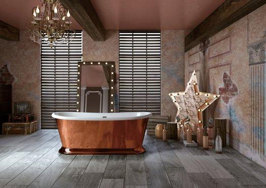 Vrijstaand bad met buitenkant als spiegel, goud, rose goud, zilver en koper